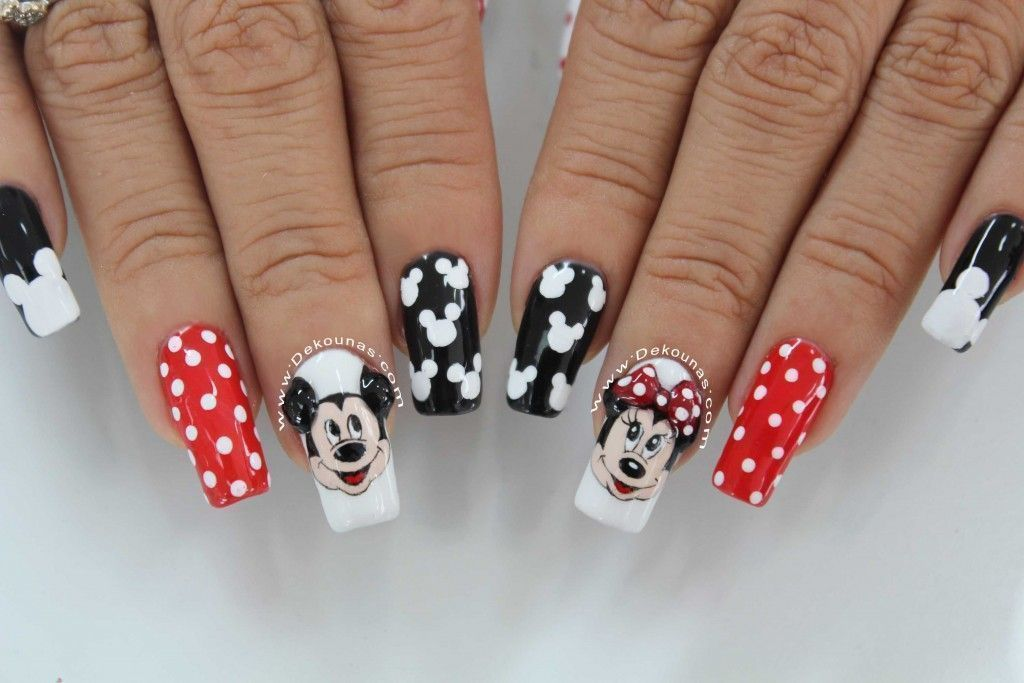 Minnie and Mickey mouse nail art4